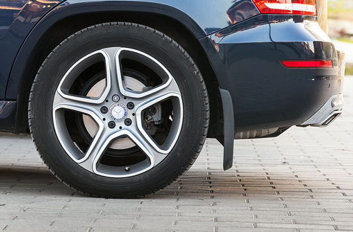Car Tyres: When should you Change Them?